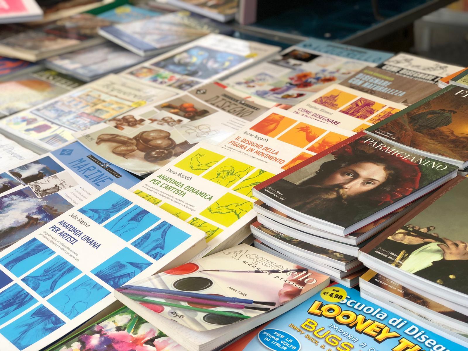 Perugia Fumetti - Mercato Pian Di Massiano - Libri e fumetti usati - 07